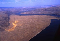 1038-West-Bar-giant-current-ripples-along-the-Columbia-River-central-Washington-state